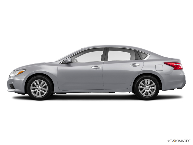 Used 2017 Nissan Altima in Long Island City, NY
