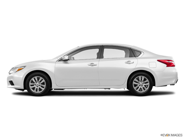 New 2017 Nissan Altima in Lumberton, NC