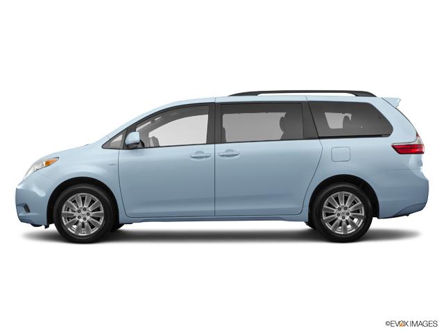 Used 2017 Toyota Sienna in Effingham, IL