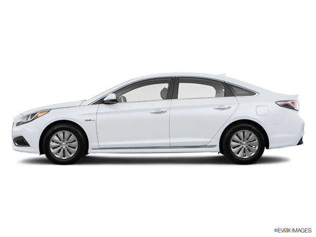 Used 2017 Hyundai Sonata Hybrid in Columbia, MO
