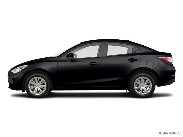 2019 Toyota Yaris Sedan 4-Door L Manual