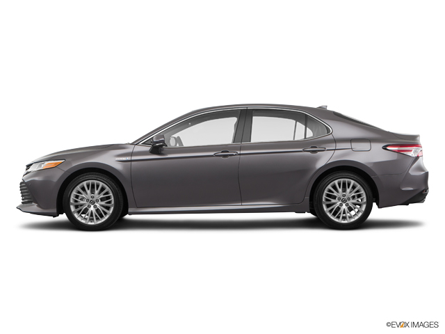 Used 2018 Toyota Camry Hybrid in Bristol, CT