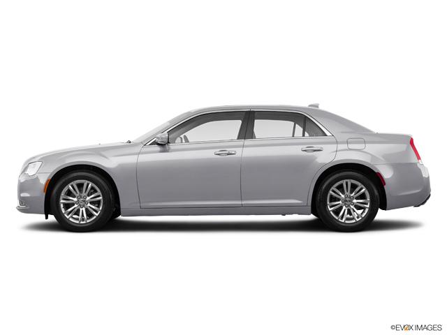 2019 Chrysler 300 Touring L RWD