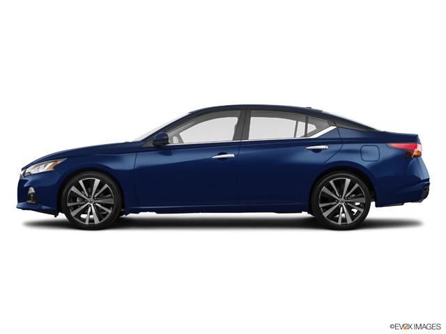 New 2020 Nissan Altima in Bloomington, IN