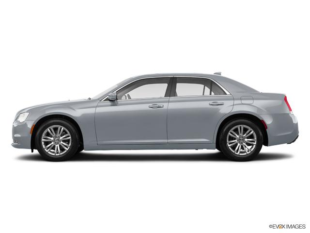 New 2020 Chrysler 300 in Pearl City, HI