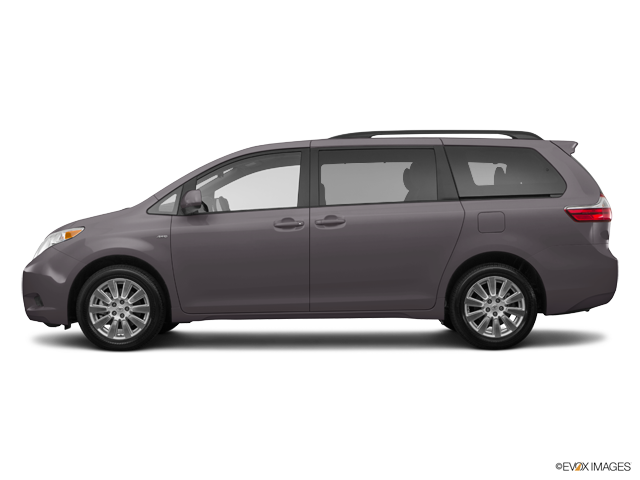 New 2017 Toyota Sienna in Ventura, CA