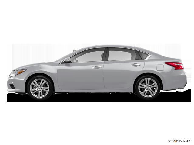 New 2017 Nissan Altima in Fairfield, CA