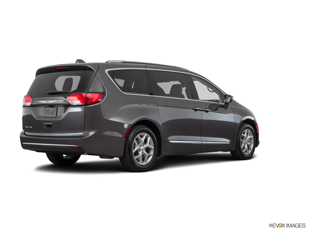 Used 2018 Chrysler Pacifica in Columbia, MO