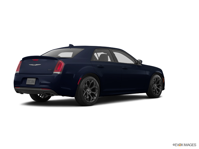 Used 2018 Chrysler 300 in Quincy, IL