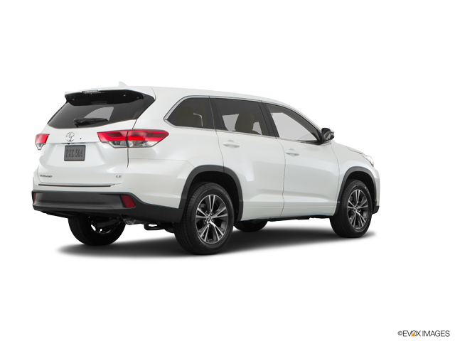 Used 2019 Toyota Highlander in Greeley, CO