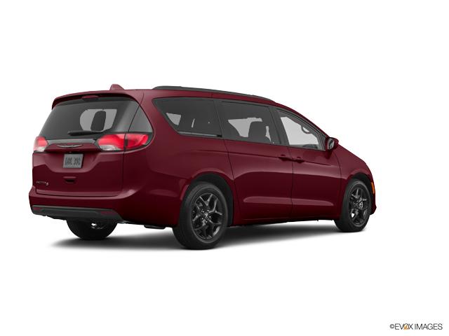 New 2020 Chrysler Pacifica in Little Falls, NJ
