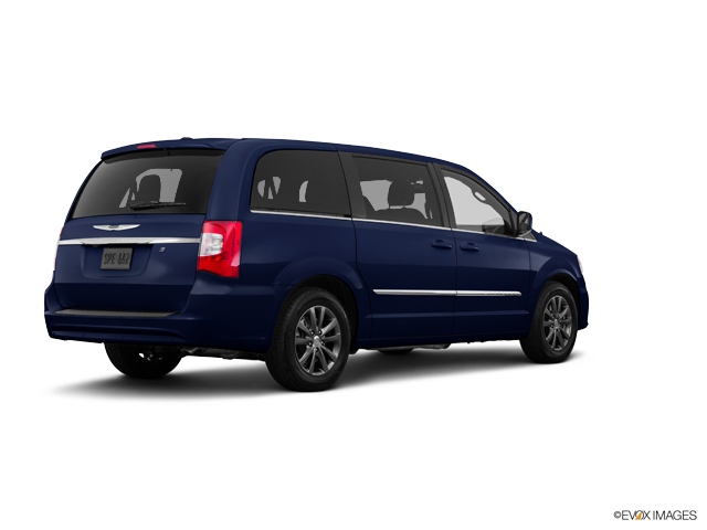 Used 2016 Chrysler Town & Country in , WI