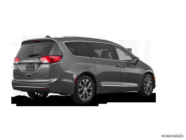 New 2017 Chrysler Pacifica in Orlando, FL