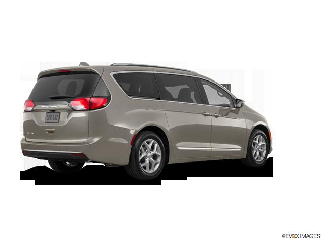 New 2017 Chrysler Pacifica in Dyersburg, TN