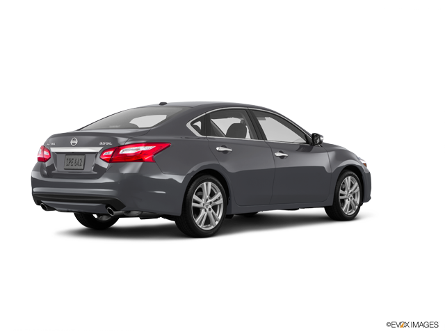 New 2017 Nissan Altima in Madison, TN