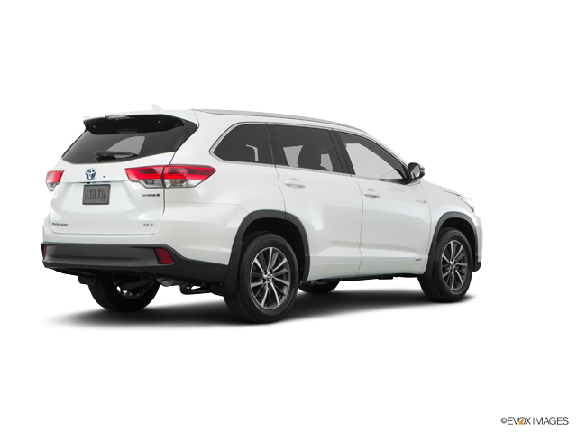 Used 2017 Toyota Highlander Hybrid in Mason City, IA