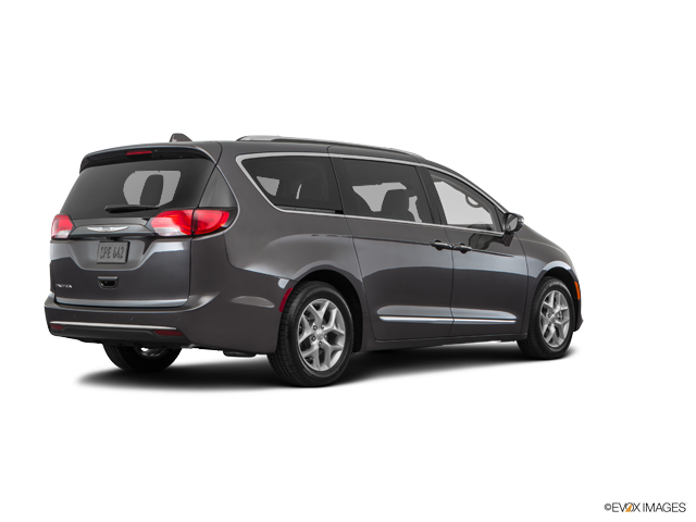 New 2018 Chrysler Pacifica in Fairfield, Vallejo, & San Jose, CA