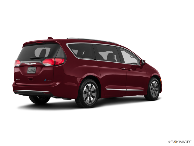New 2018 Chrysler Pacifica in Harrisburg, PA