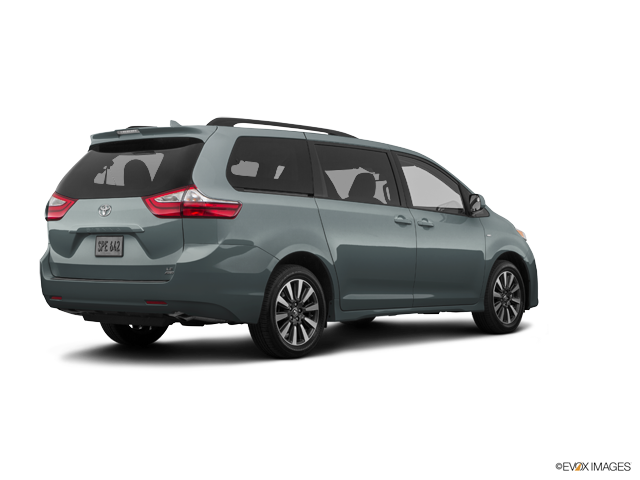 New 2018 Toyota Sienna in Harrisburg, PA