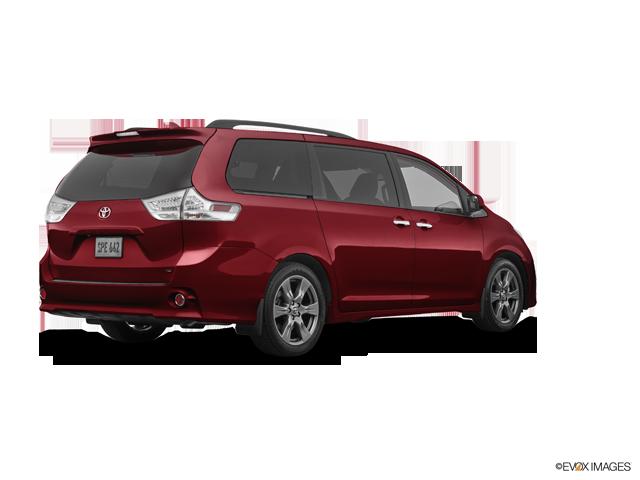 New 2019 Toyota Sienna in Aurora, CO