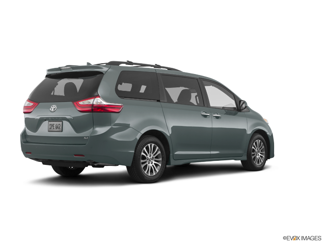 New 2019 Toyota Sienna in Sedalia, MO