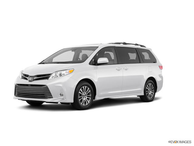 Used 2018 Toyota Sienna in Greeley, CO