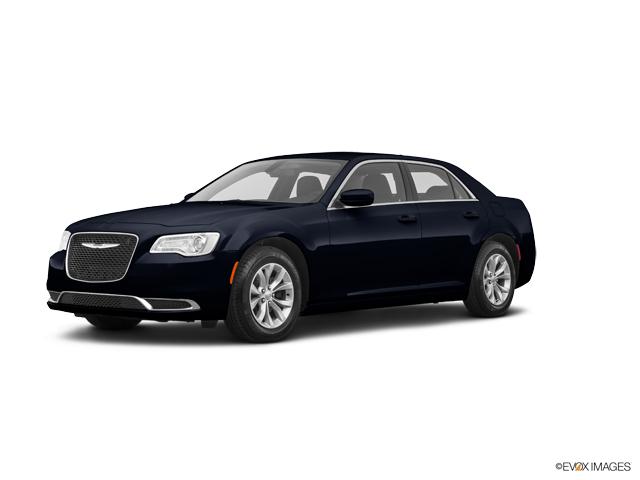 New 2019 Chrysler 300 in Swedesboro, NJ