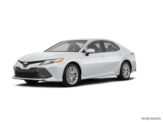 New 2019 Toyota Camry Hybrid in Aurora, CO