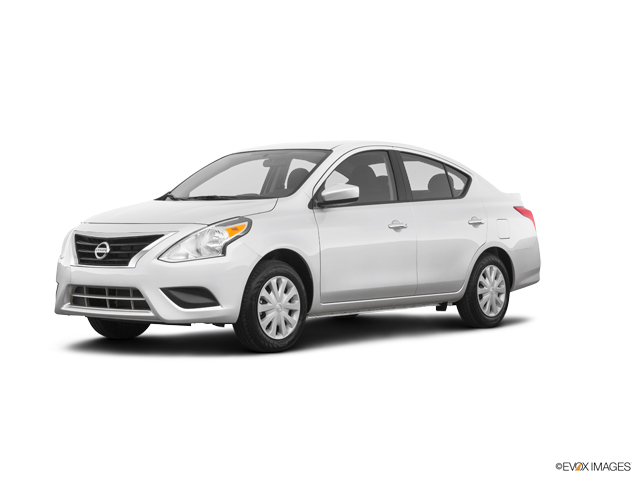 New 2019 Nissan Versa in Fort Pierce, FL
