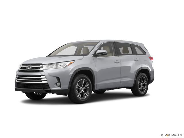 New 2019 Toyota Highlander in Grenada, MS
