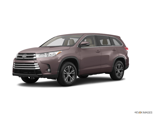 New 2019 Toyota Highlander in Sebring, FL