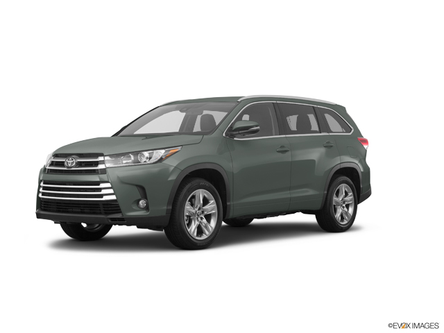New 2019 Toyota Highlander in Greeley, CO