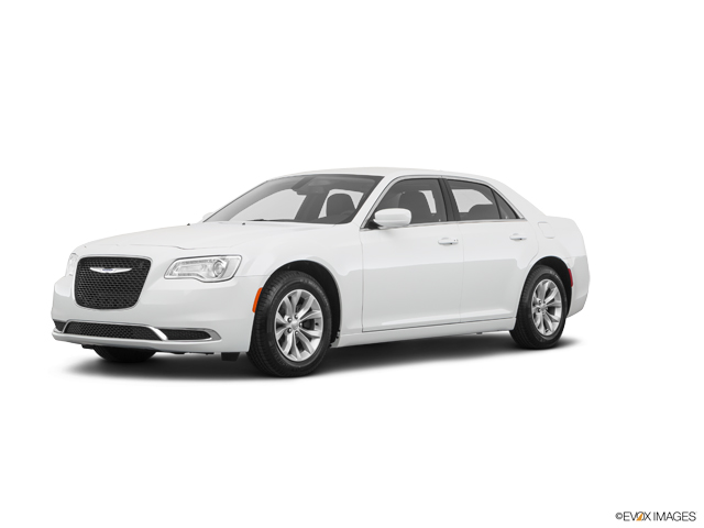 New 2021 Chrysler 300 in Livermore, CA