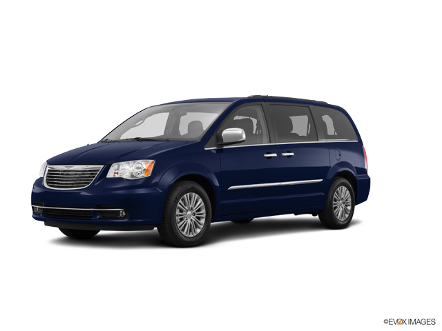 Used 2016 Chrysler Town & Country in Barberton, OH