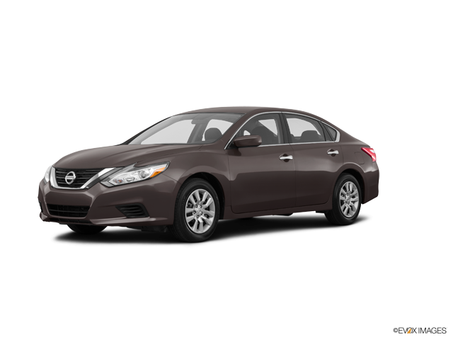 Used 2016 Nissan Altima in Simi Valley, CA