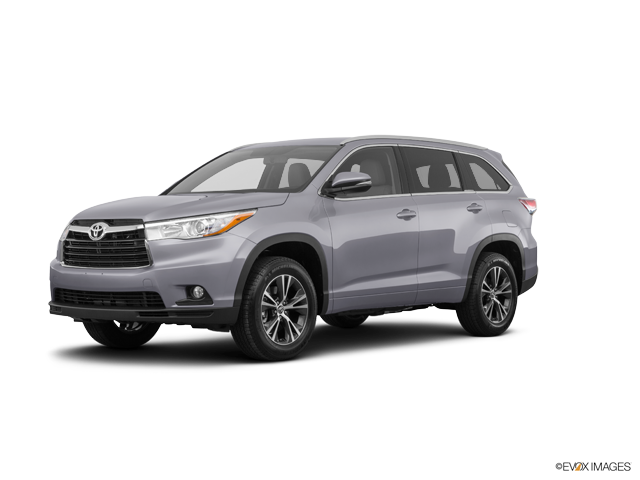 Used 2016 Toyota Highlander in Fort Morgan, CO