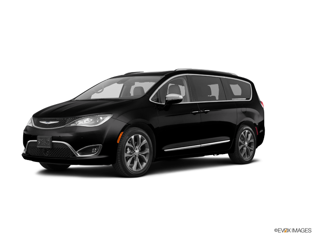 New 2017 Chrysler Pacifica in Tracy, CA
