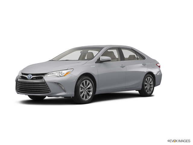 New 2017 Toyota Camry Hybrid in Ventura, CA