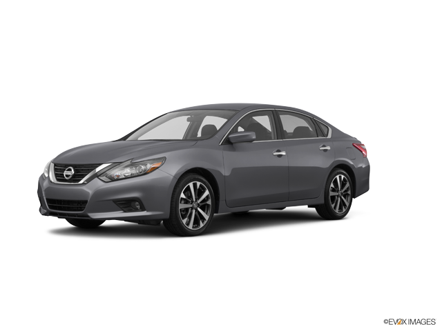 New 2017 Nissan Altima in Holly Springs, GA