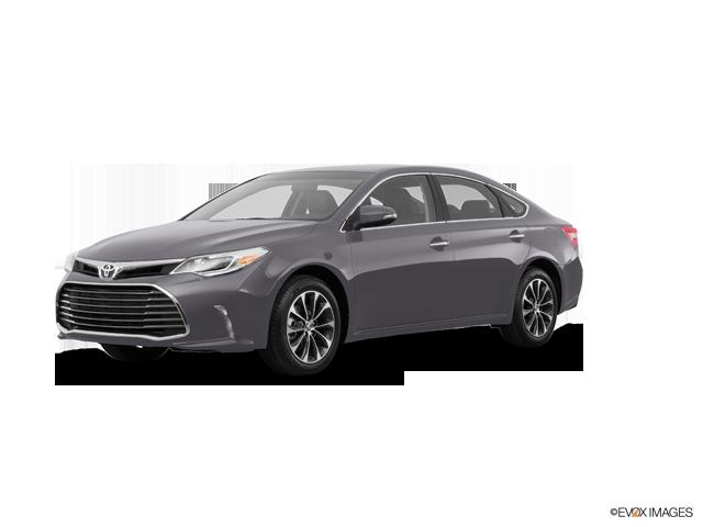 New 2017 Toyota Avalon in Ventura, CA