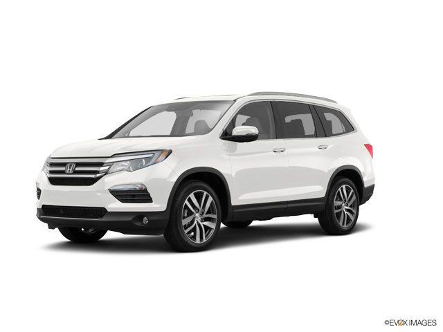 New 2017 Honda Pilot in North Charleston, SC