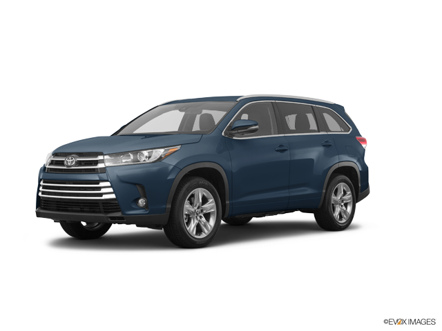 New 2017 Toyota Highlander in Middletown, CT