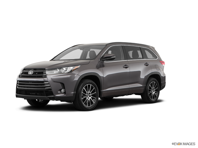 New 2018 Toyota Highlander in Aurora, CO