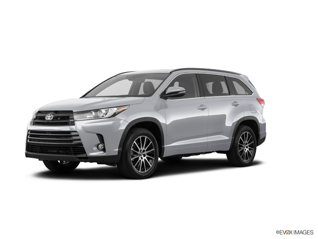 New 2018 Toyota Highlander in Aurora, CO