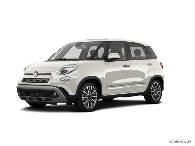 New 2018 FIAT 500L in Bedford, OH